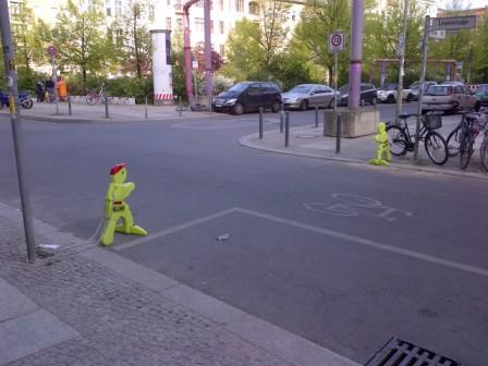 Übergang vor einer Schule in Berlin-Mitte (Bild: Silke Gebel, MdA; CC BY-NC-ND 2.0)
