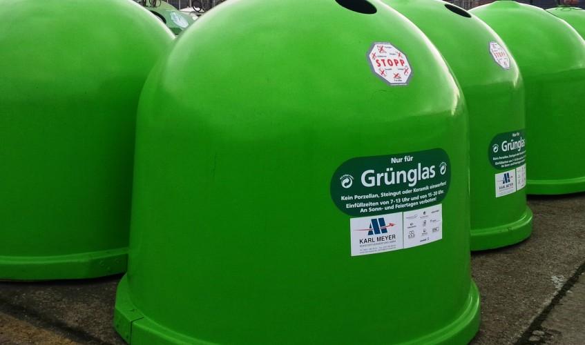 Glascontainer für Grünes Glas (Bild: Silke Gebel, MdA; CC BY-NC-ND 2.0)