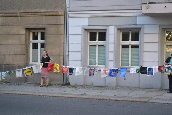 Silke Gebel in Aktion bei Berlin tüt was (Bild: Sönke Hellberg / Silke Gebel, MdA)