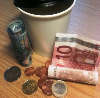 Verpackungsmüll in Euros umgerechnet (Bild: Silke Gebel, MdA; CC BY-NC-ND 2.0)
