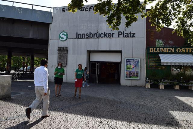 Mit Catherina Pieroth am Innsbrucker Platz