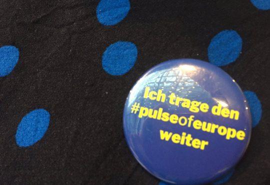 #pulseofeurope_button-von-Silke-Gebel_image-Georg-Koessler